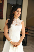 Isha Talwar Glamorous photos-thumbnail-6