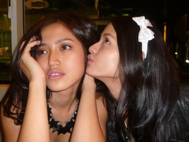 Gambar Bugil Jessica Iskandar Doyan Maen Sama Bule
