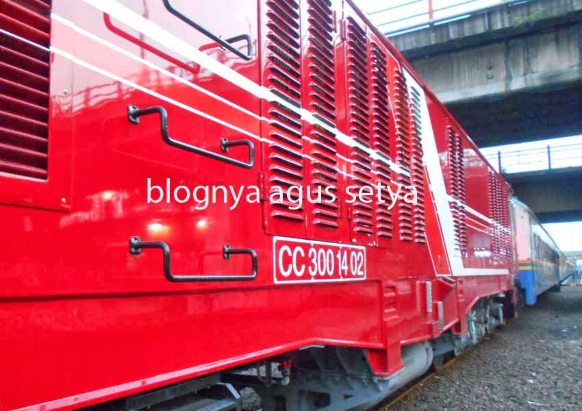 lokomotif CC 300 14 02