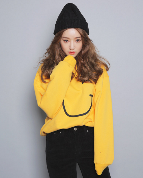 Smiley Print Long Sleeve Pullover