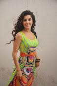 Isha talwar latest sizzling pics-thumbnail-20