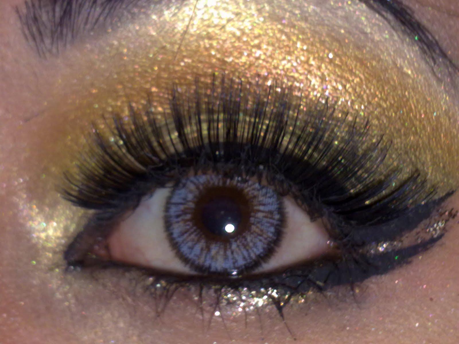 Love Makeup Safira Asian Bridal Makeup Look Goldglitter Smokey Eye
