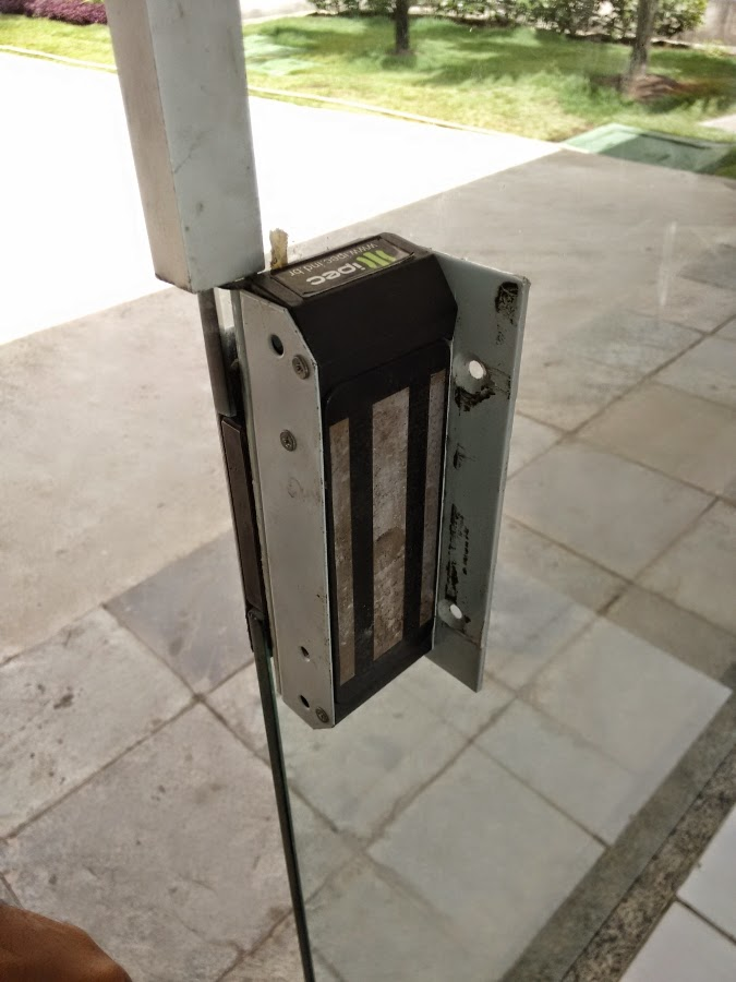 porta eletromagnetica