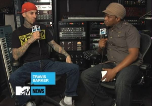 Foto do Travis falando sobre a parceria com Lil Wayne