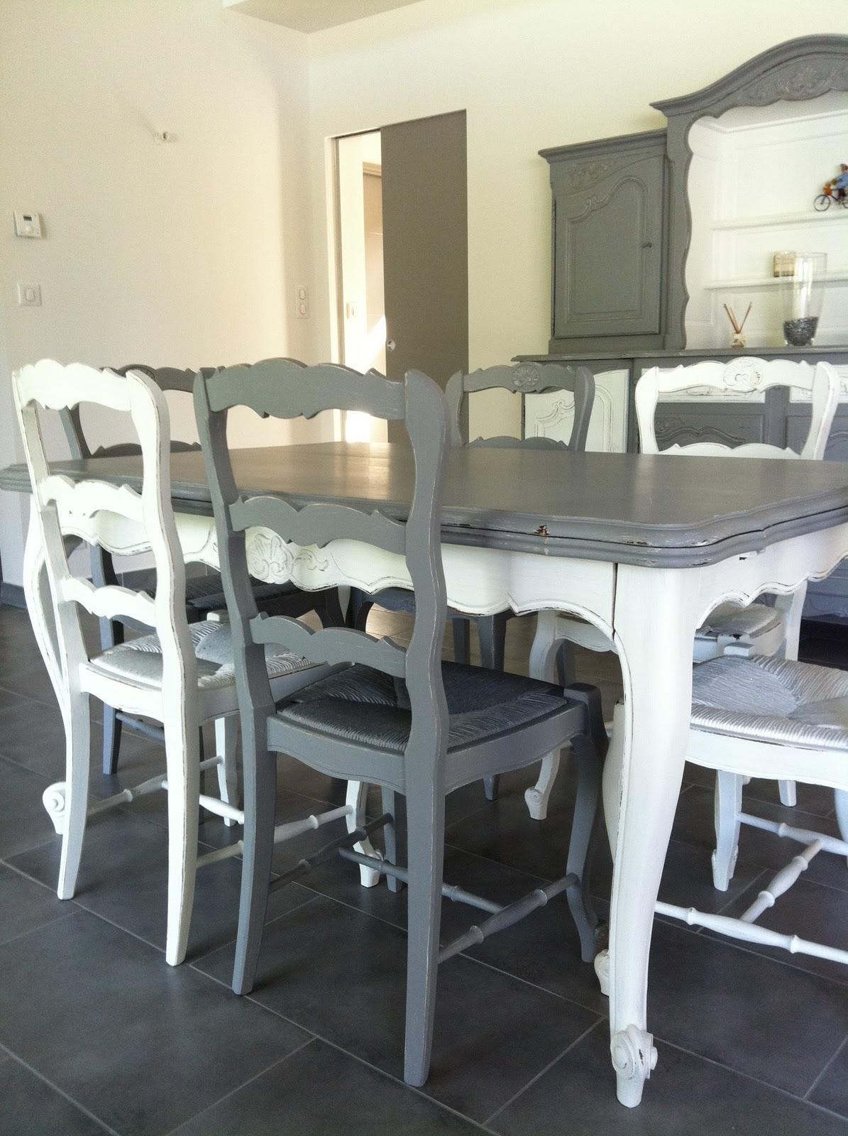 meubles four meuble four sur enperdresonlapin. Black Bedroom Furniture Sets. Home Design Ideas