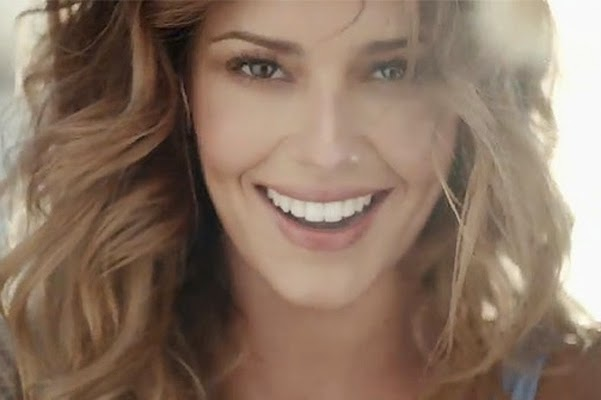 No Makeup And Concerns Cheryl Cole Released A Music Video