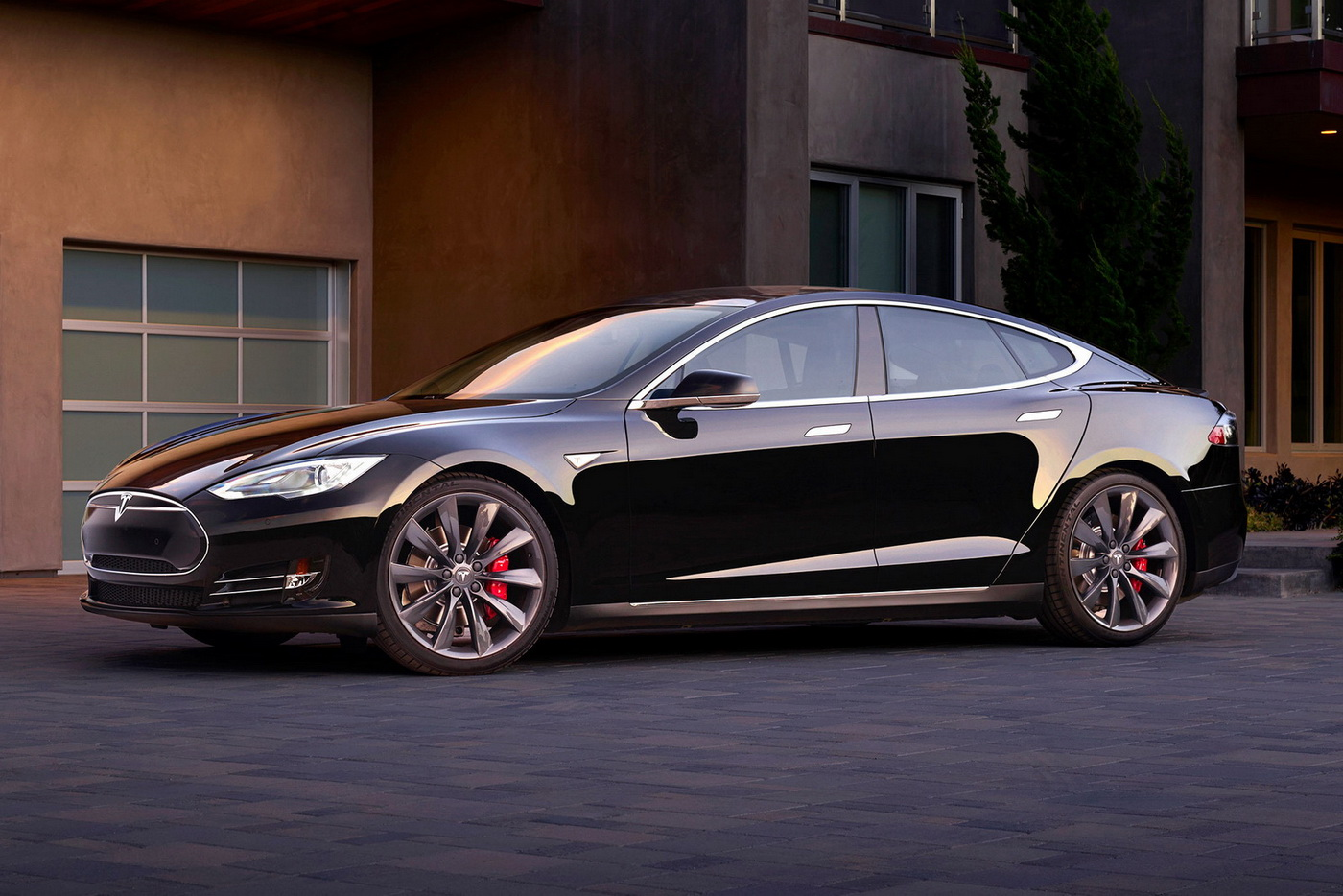 tesla 39 s new 762hp model s p90d with ludicrous speed. Black Bedroom Furniture Sets. Home Design Ideas