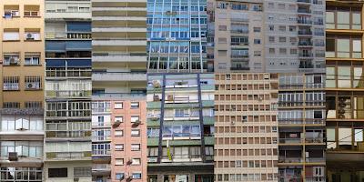 Nuevas texturas arquitectónicas que el estilo Internacional del Movimiento Moderno introdujo en el Centro Histórico de Málaga