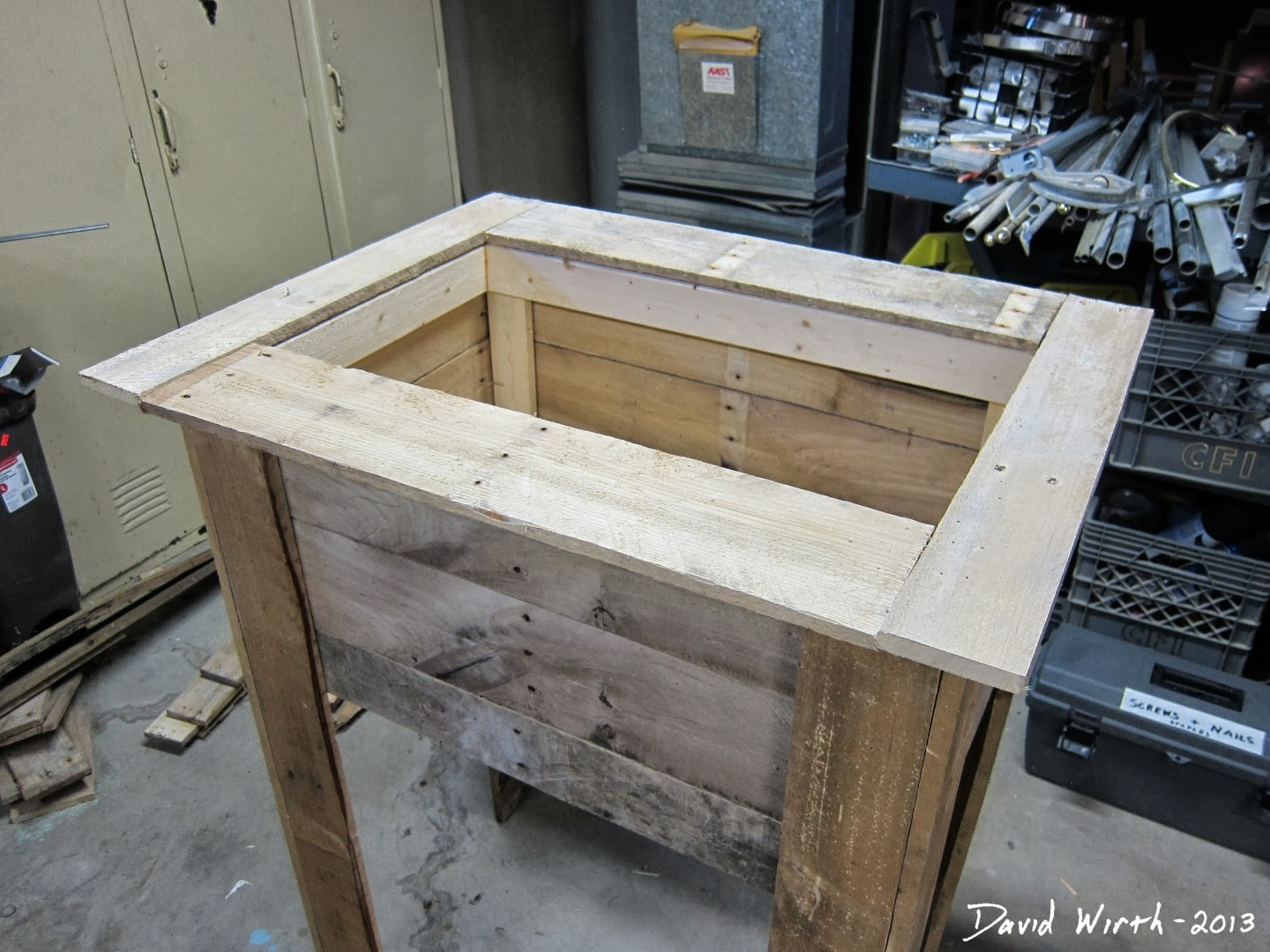 was done I started to make the lid which would cover the cooler ...