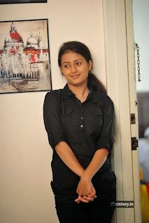 Aavi-Kumar-Heroine-Kanika-Tiwari-Stills