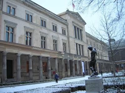 Museo Nuevo de Berlín (Neues Museum), Berlin, Alemania, round the world, La vuelta al mundo de Asun y Ricardo, mundoporlibre.com