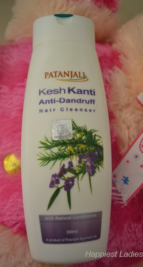 Patanjali-Kesh-Kanti-Anti-Dandruff-Hair-Cleanser-full-view-+-henna-based-shampoos