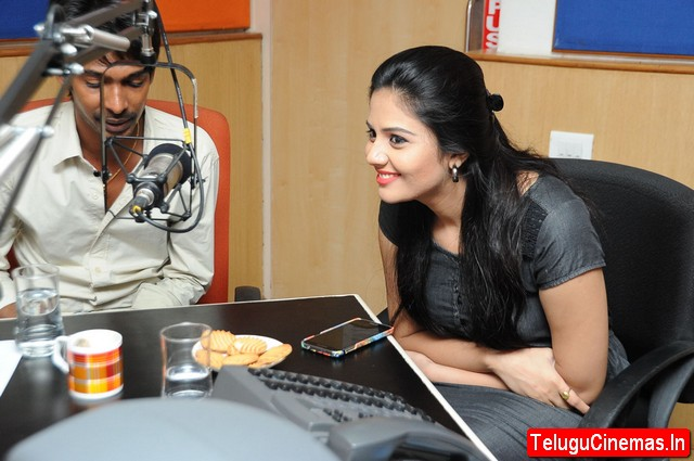 Dhanalakshmi Talupu Tadithey Team at Radio City-Photos,Dhanalakshmi Talupu Tadithey Team At Radio City,Dhanalakshmi Talupu Tadithey Team in Radio City,Sreemukhi in Radio city for Dhanalakshmi Talupu Tadithey pictures, Dhanalakshmi Talupu Tadithey gallery, Dhanalakshmi Talupu Tadithey Telugucinemas.in