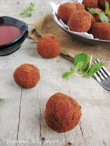 Beetroot &amp; Chickpeas Cutlet