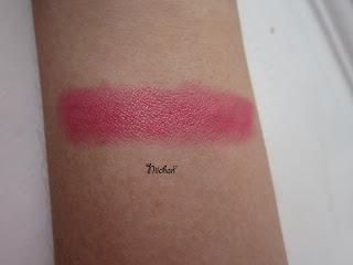 cheekroom lipstick swatch