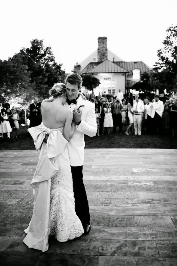 robe de mariage Dos tout dus sans aucune decoration