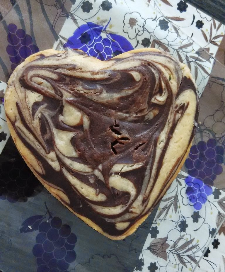 Cake Images Rani : RANI S GOURMET: EASY MARBLE CAKE (EGGLESS) AND HOW TO MAKE ...
