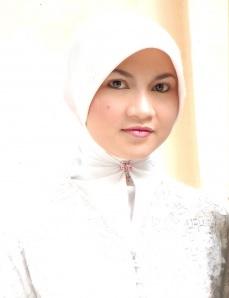 Tips Merawat Rambut Tetap Sehat Walau Pakai Jilbab
