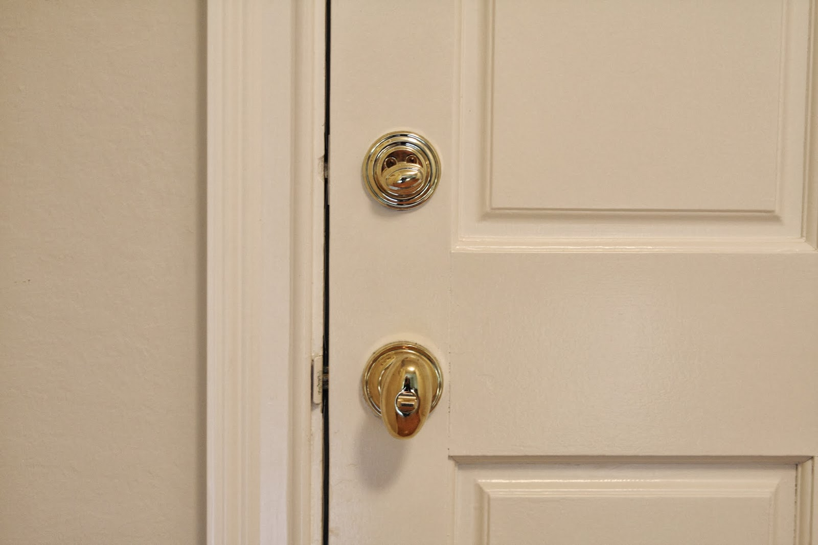 Smart as a Door Knob - simply organized