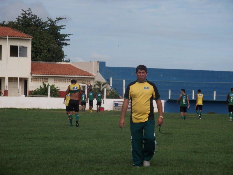EDELSON OLIVEIRA