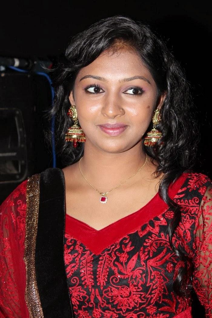 Lakshmi Menon Glamorous - Frix Cinema Naan Sigappu Manithan Lakshmi Menon Hot Stills