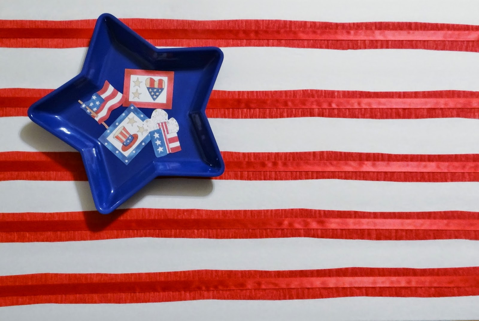 dollar tree crafts: shabby chic american flag inspired wall art #diy