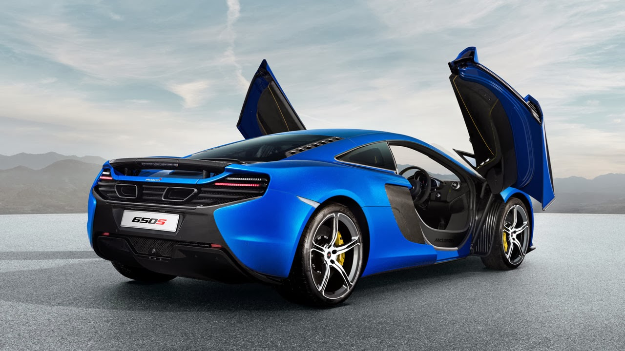 McLaren 650S Coupé rear