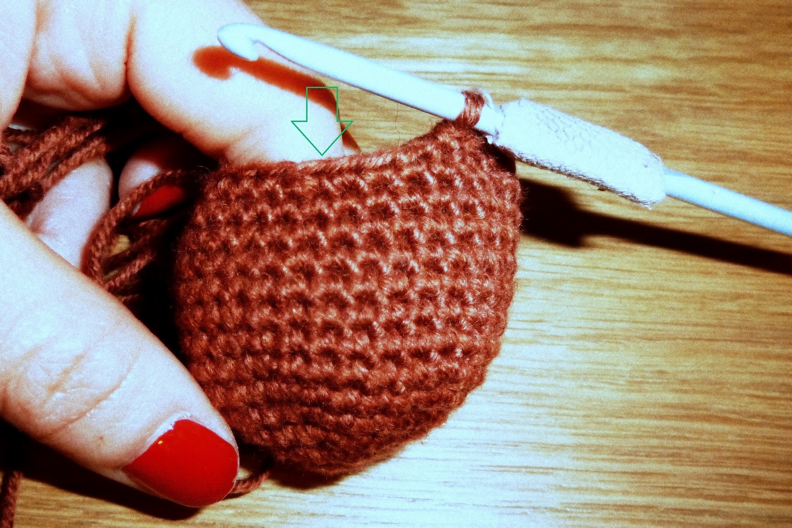 ... Mama Sanchez busy...: Crochet - working doubles in continuous rounds