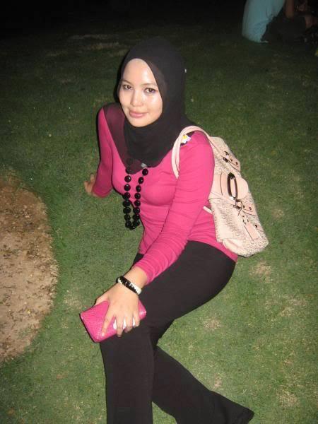 Gambar Bogel Ausgust 7 : awek gadis melayu tudung seksi ketat   Melayu Boleh.Com