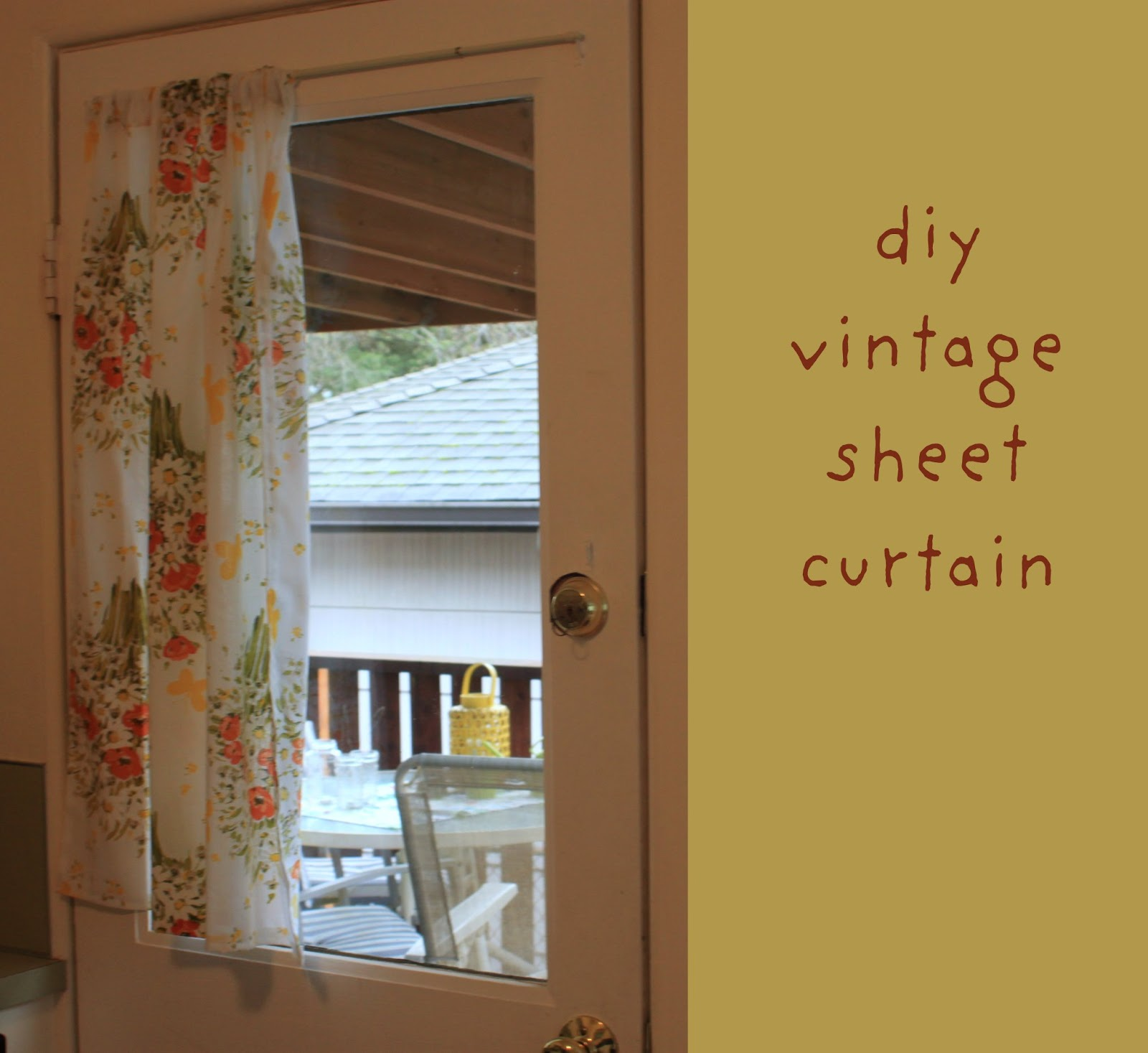 Rouge & Whimsy: DIY Sheet Curtains