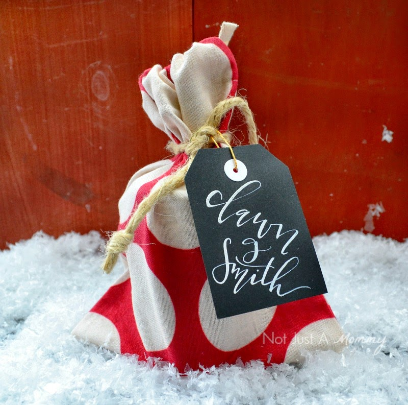 Tiny Olive small reusable gift bag makes a great holiday placesetting
