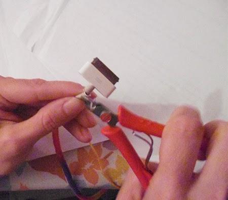 Fio desencapado, fio colorido, faca voce mesmo, diy, iphone, carregador