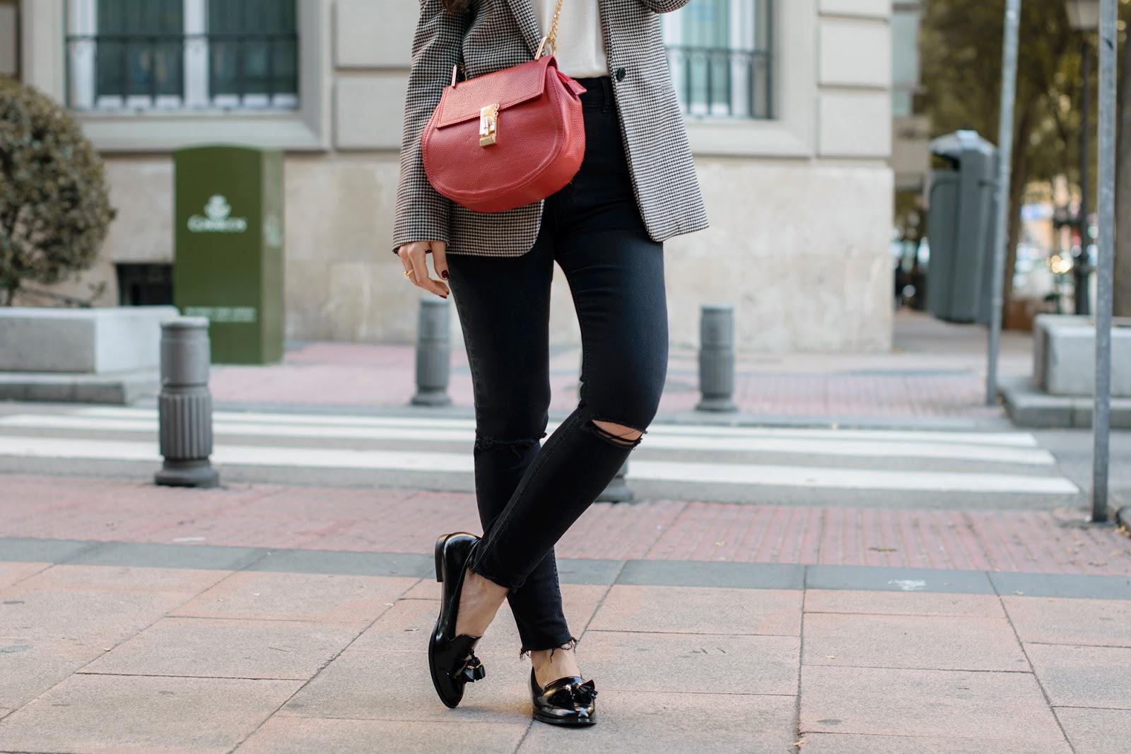 Total look de Zara con bolso inspiración drew de Chloé