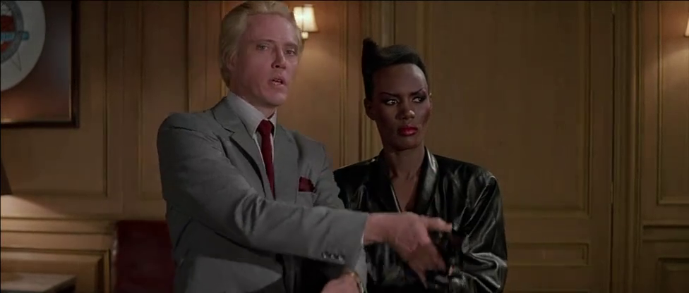 Cast:.Roger Moore,Christopher Walken,Tanya Roberts,Grace Jones,Patrick
