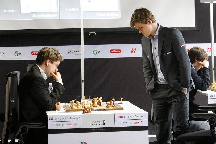 Échecs en Norvège : Jon Ludvig Hammer (2608) 0-1 Magnus Carlsen (2868) © Site officiel