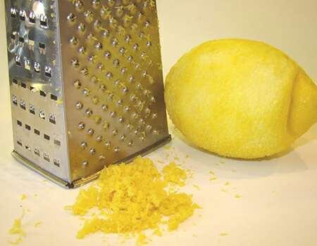 How to zest a lemon | Grater