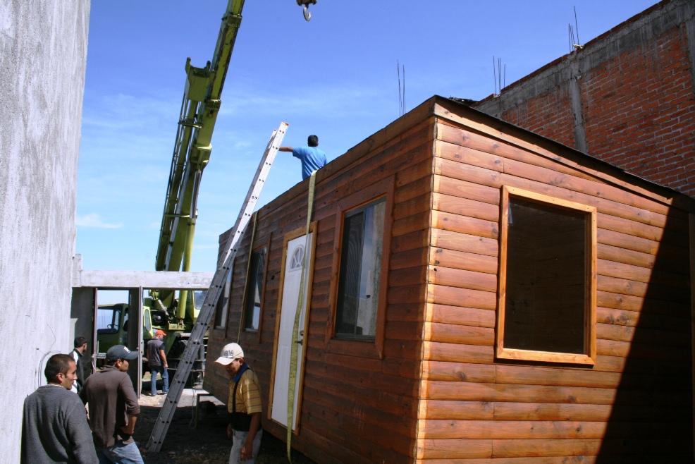 Conafor michoacan estrena casa de madera ganador de la - Casas de madera siglo xxi ...