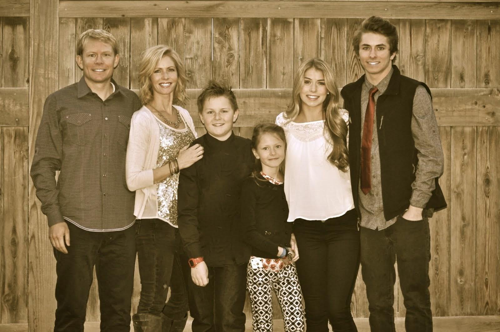 Pia Family