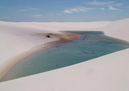 حديقة الرمال البيضاء ...ابداع الخالق.....
