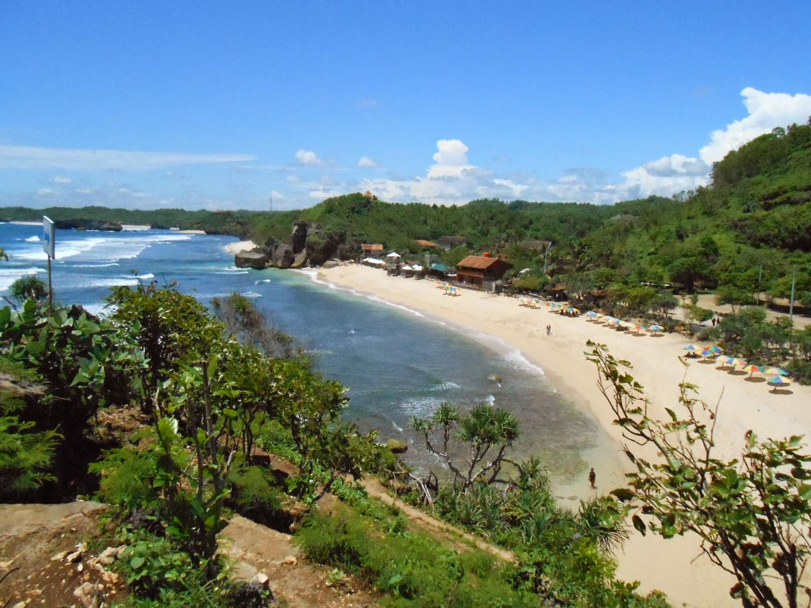 Wisata Pantai Sundak - Yogyakarta