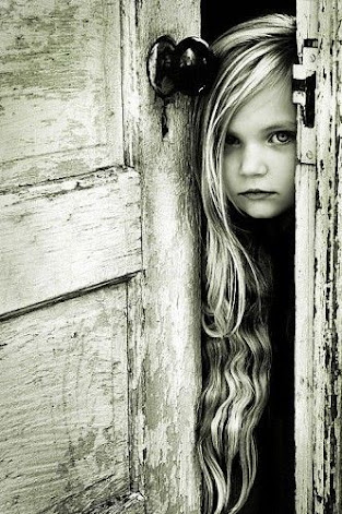 Un lugar para mirar a la niña que fuimos...