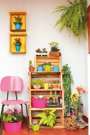 Decora tu casa con cajas de madera cositas decorativas - Estantes para macetas ...