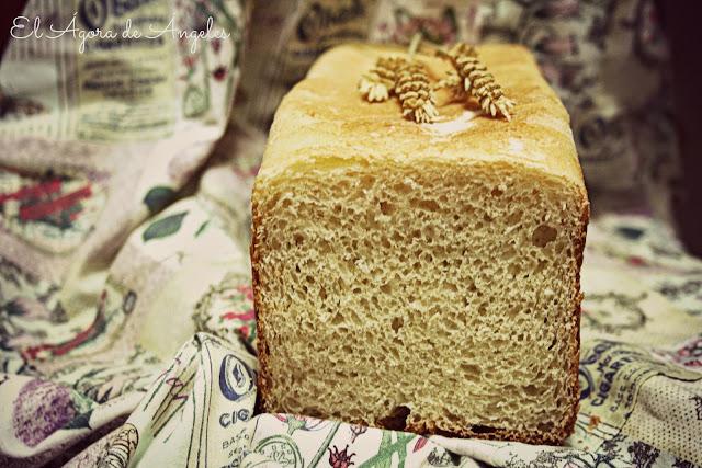 pan de leche de almendra,pan de molde tipo inglés,Dan Lepard