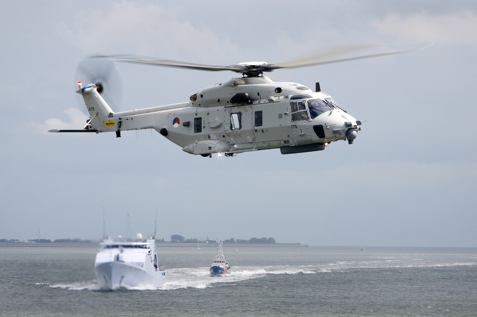 Elicottero Nh90 : Naval open source intelligence royal netherlands navy
