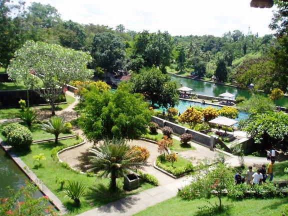 Taman Wisata Narmada, NTB