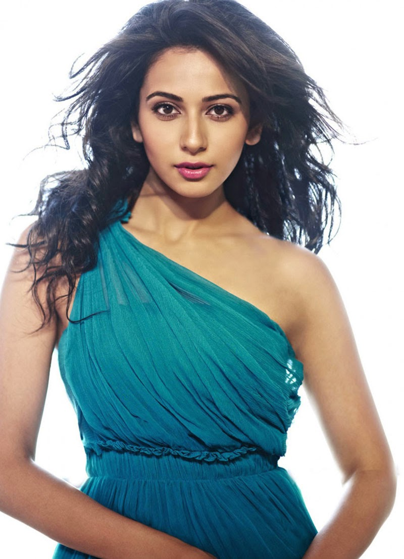 Rakul Preet Singh :Rakul Preet Singh Hottest Huge milky Juicy Cleavage Visible in her transparent tight blue skirt hd pics