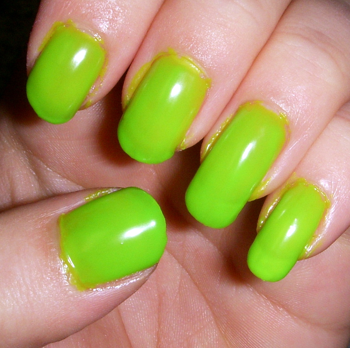Quixii\'s Nails: Swatch: Love & Beauty - Neon Green