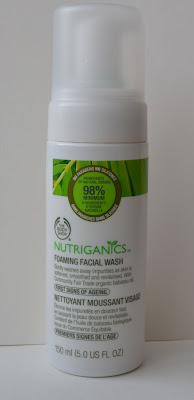 The Body Shop Nutriganics Foaming Facial Wash