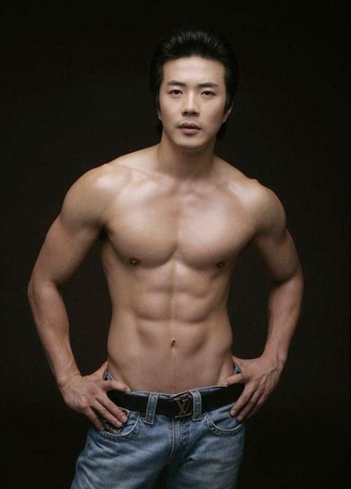 7 Sao nam Hàn Quốc sở hữu cơ bụng 6 múi hoàn hảo