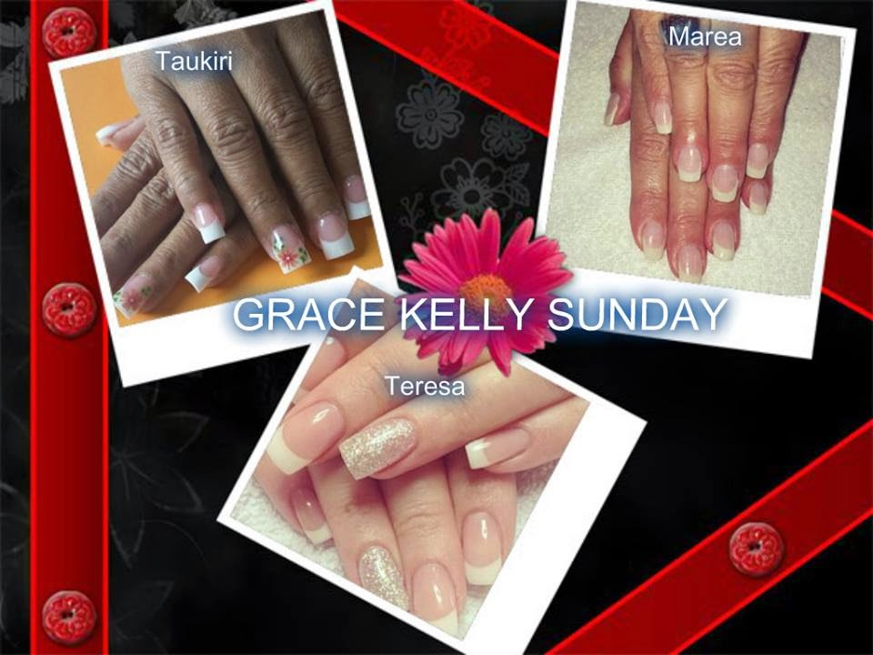 Sculpted acrylics Shellac manicure French glitter nails,french white flowers